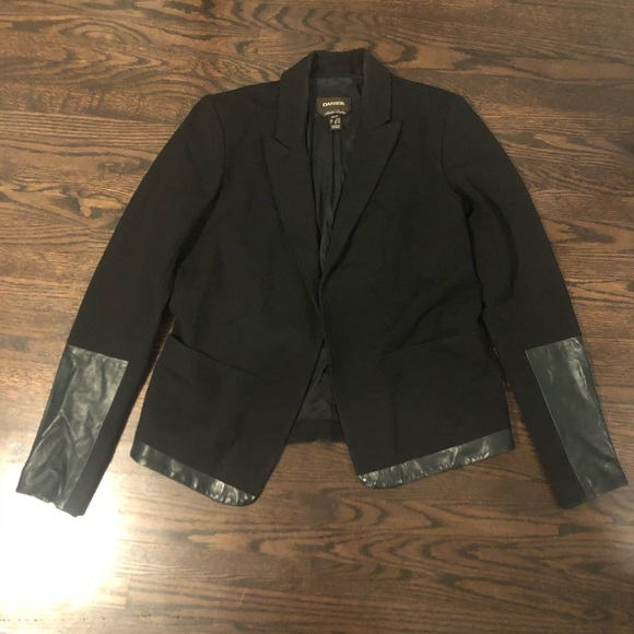 Danier Jackets & Blazers - Danier Leather and Lycra Blazer